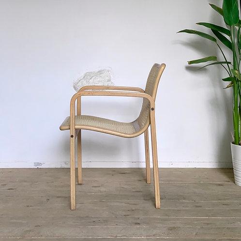 Chaise  fauteuil vintage en cannage