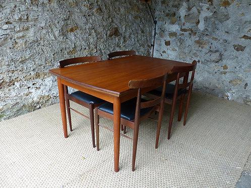 Table scandinave vintage en teck Samcom