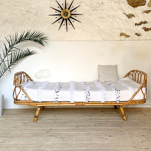 Lit corbeille rotin vintage daybed