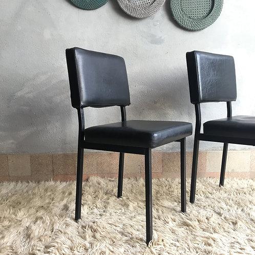 Chaise de bureau moderniste