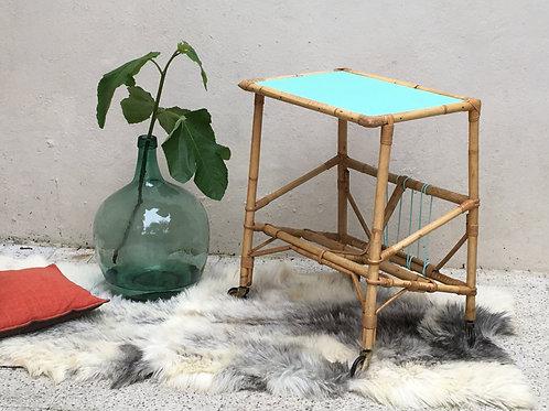 Table porte-revue ou vinyl rotin vintage