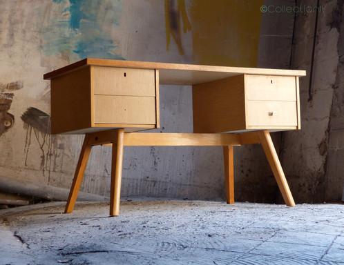 Bureau vintage en chêne et formica