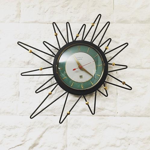 Horloge mural vintage forme libre