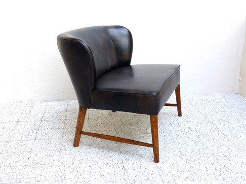 voici une banquette canap sofa cocktail scandinave faible lgre elle est adapt au petits espaces. Black Bedroom Furniture Sets. Home Design Ideas