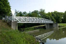 Wa-Kumbiehi residents team up to construct steel footbridge across Bakpong valley