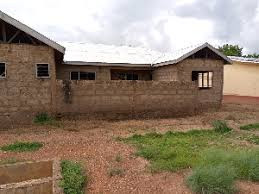 Residents of Papu call for completion of health facility project