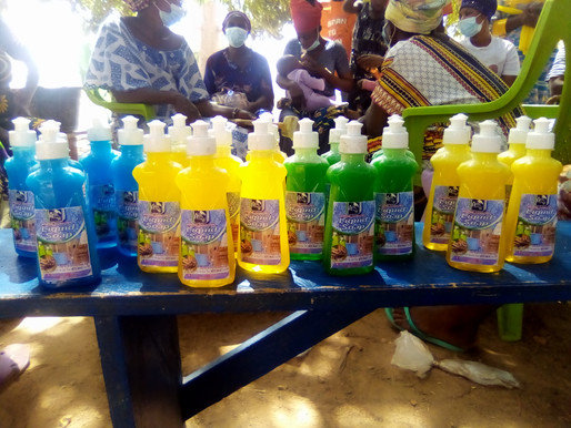 Hiquie Sung Joy Network trains women of Siriyiri in liquid soap making