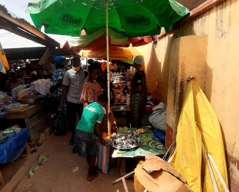 Congestion and encroachment at the entrances of Wa Market daring - Clients