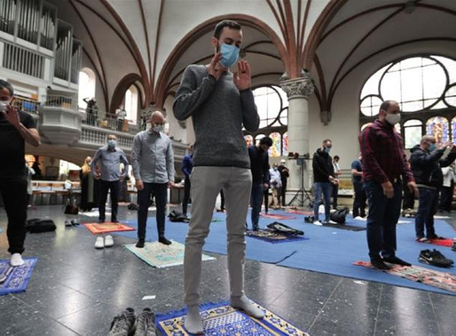 A Church In Germany Hosts Muslim Prayer in An Amazing sign of Solidarity