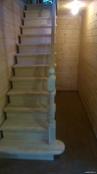 Обшивка стен имитацией бруса с утеплением, формирование проема, лестница на косоуре из сосны. Стоимо