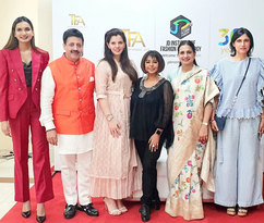 Akshara Dalal (Director of JD Institute), Gaurav Grover (Founder & Chairman), Palka Grover (Luxury President), Rita Gangwani (Celebrity Pageant Coach), Rupal Dalal (Executive Director of JD Institue), Rina Dhaka (Fashion Designer)