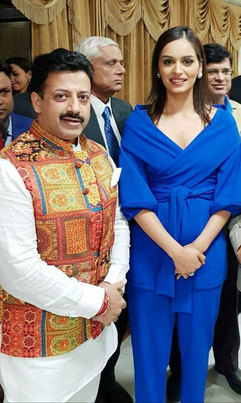Gaurav Grover(Founder & chairman) & Manushi Chillar(Miss world 2017)