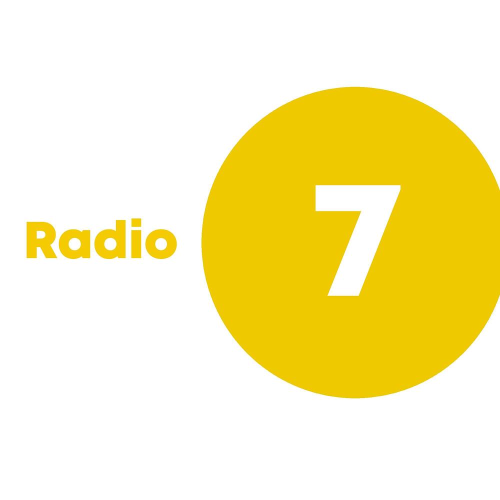 Radio 7 logo in yellow