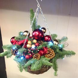 Christmas Hanging Baskets.Christmas Hanging Baskets
