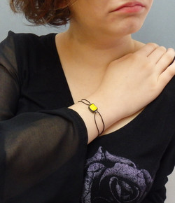 Bracelet céramique jaune 20€