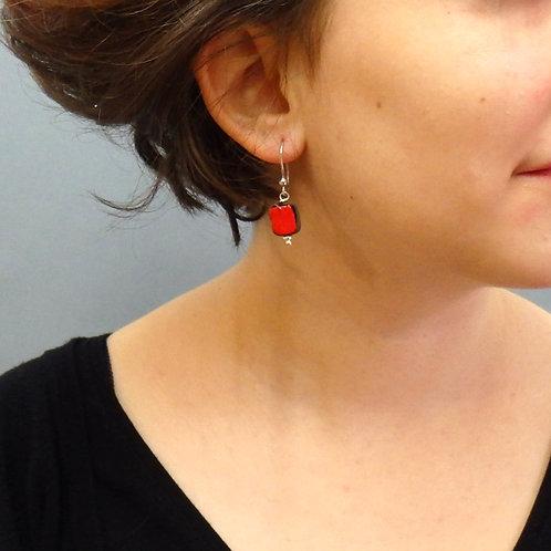 Boucles d'oreilles carré rouge et noir sur argent Céramique Création a