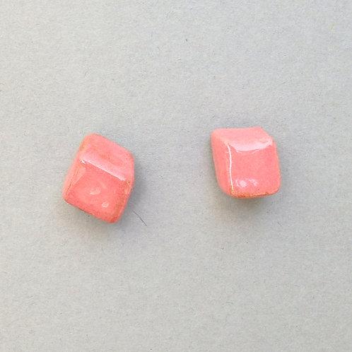 Clous d'oreilles pavé rose sur argent Céramique Création artisanale