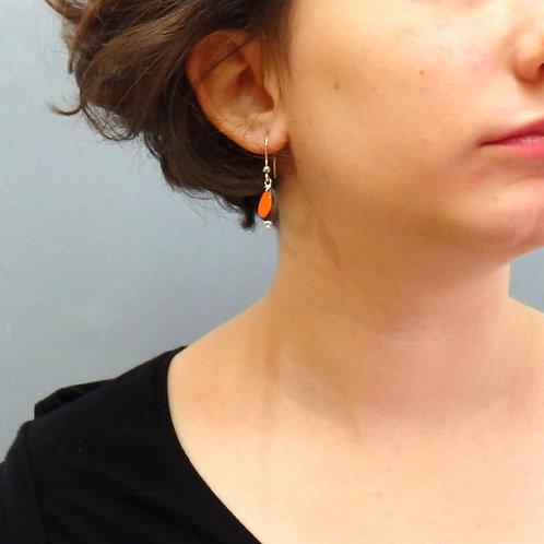 Boucles d'oreilles grain de riz orange et noir sur argent Céramique Création a