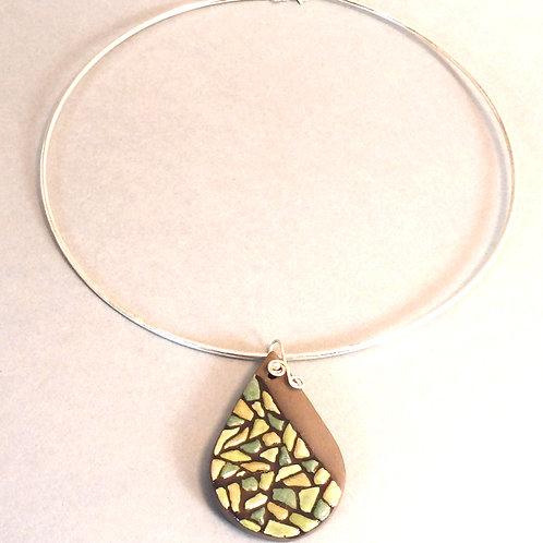 Collier perle goutte sur fil d'argent rigide Pendentif en céramique artisanale