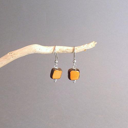 Boucles d'oreilles carré orange et noir sur argent