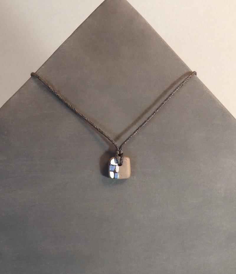 Collier Bleu 18€