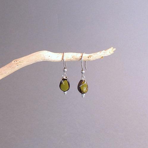Boucles d'oreilles goutte vert et noir sur argent Céramique Création a