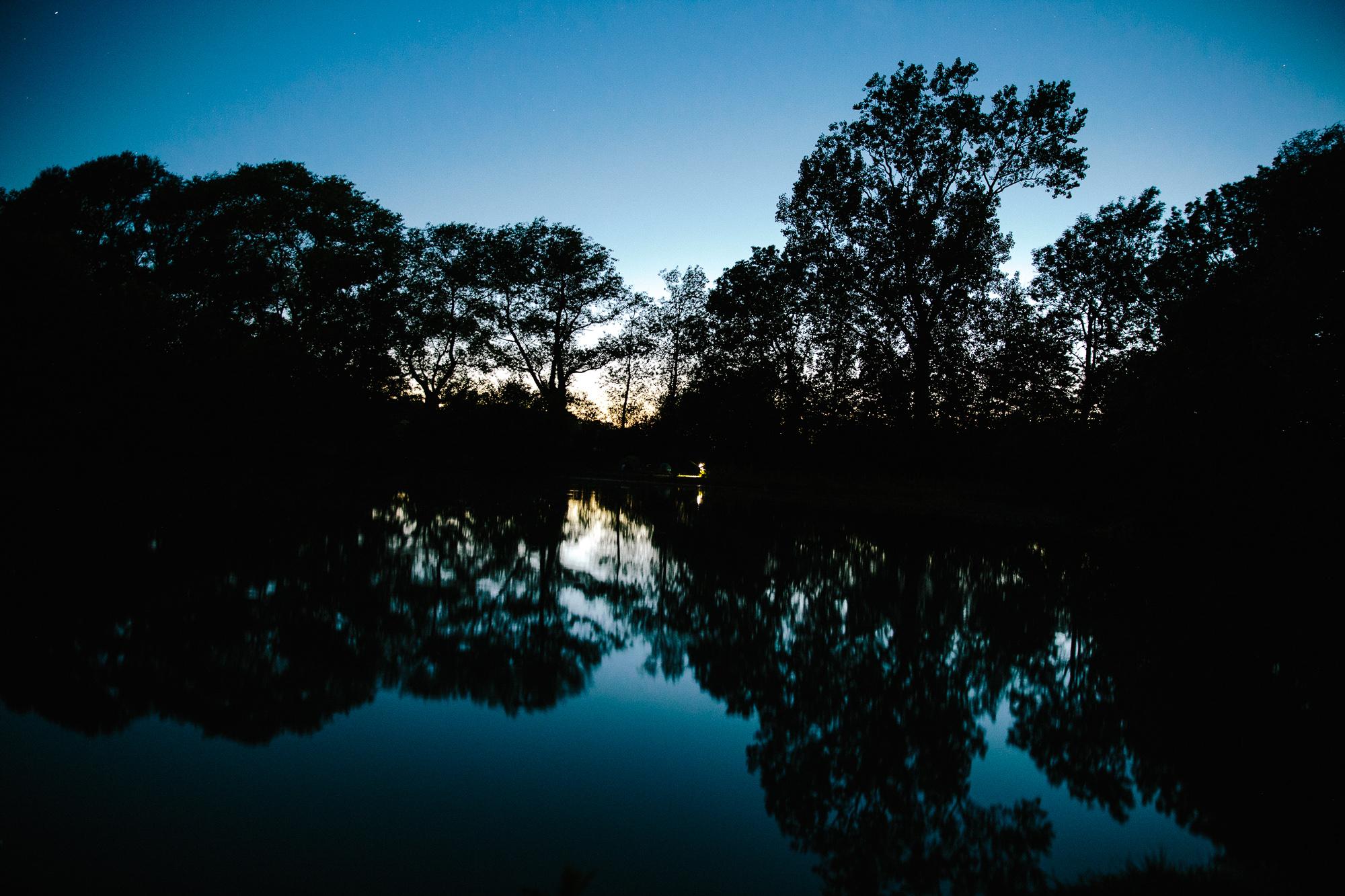reflection lac pecheur