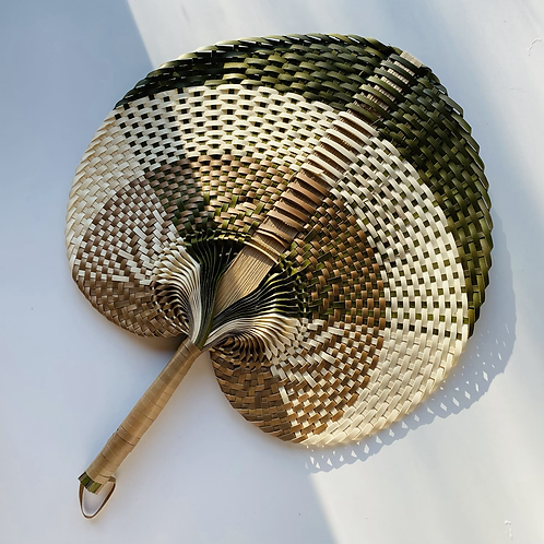 Natural woven hand fans