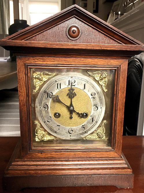 Edwardian oak bracket clock                     £195