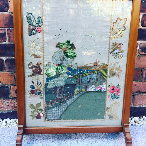 Embroidered Victorian Fire screen          £15