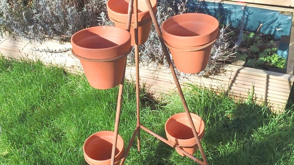6 Pot Rusty Stand