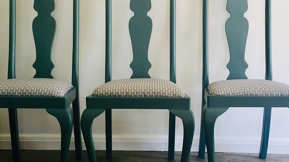 Refurbed dining room chairs (4)