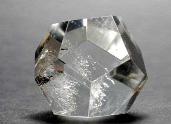 Dodecaedre - Cristal de roche 02 pf