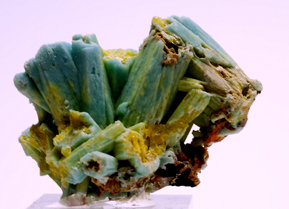Plumbogummite-02