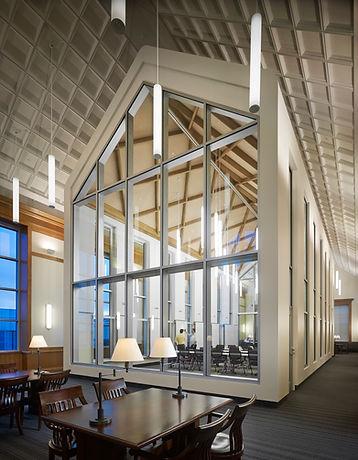 TCU Rees Jones Hall.jpg