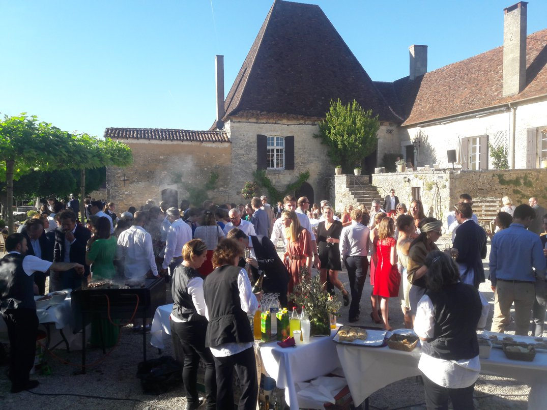 Chateau Lagut - westsidemusic.com