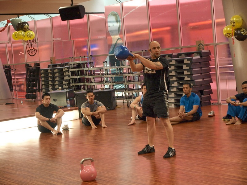 KetFit coaching Gold's Gym City Walk