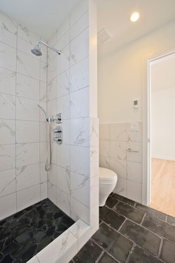Bathroom tiles with recycled slate