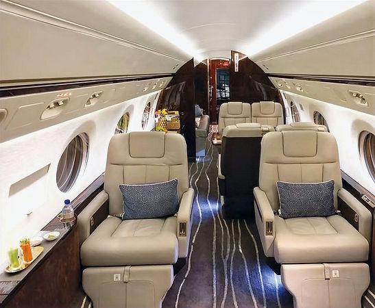 Gulfstream%20G550%206_edited.jpg