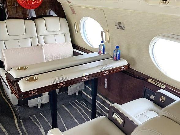 Gulfstream%20G550%208_edited.jpg