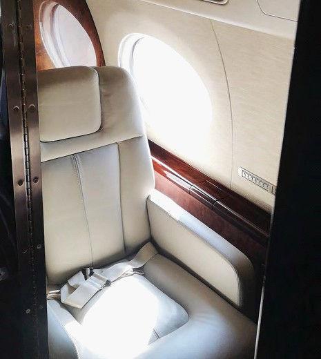 Gulfstream G550 4.jpg