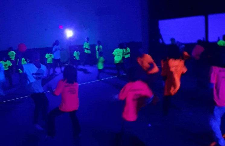 Glow DodgeBall_Moment (2).jpg