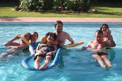Dans la piscine à Marrakech