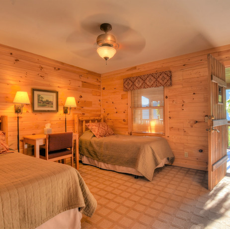 Lodge Room private entrance with 2 twin beds