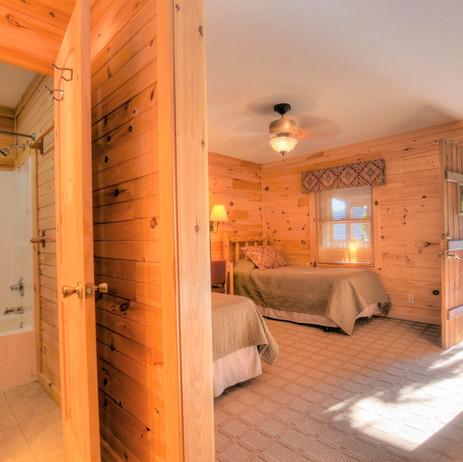 Lodge room with full bath