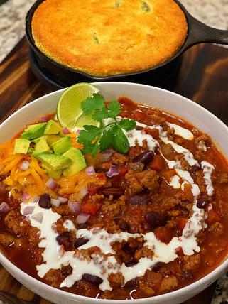 Homestyle Chili w/ Jalepeno Cornbread