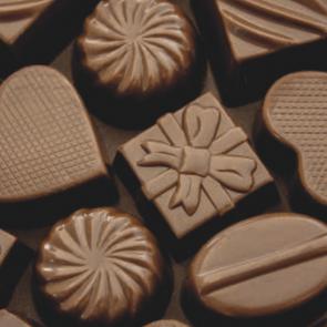 CHOCOLATES & REBUÇADOS