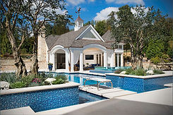 Outdoor Living: Pool House Resort