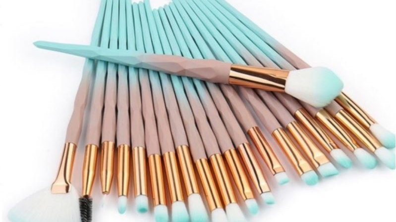 20 Piece Brush set