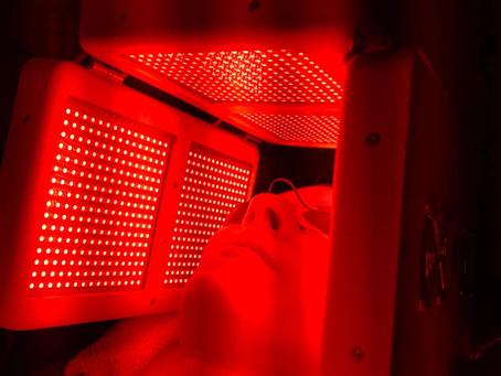 LIGHTWAVE - Light Therapy Facial!